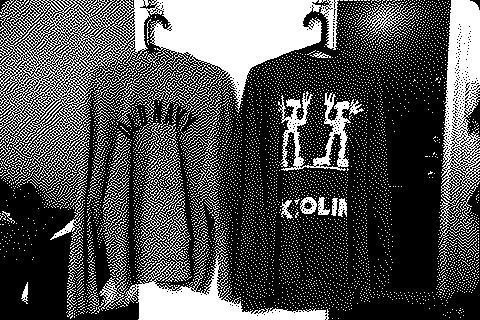 Két pulóverem szárad éppen